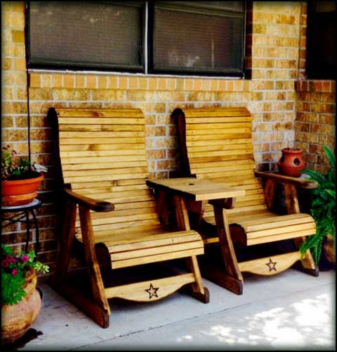 Sawdust and Splinters in Gatesville, Texas a Quality Wooden Outdoor Wholesale Furniture Manufacturer!